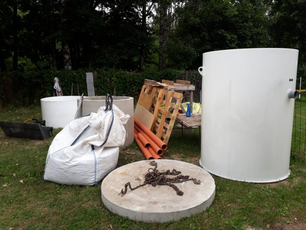 kanalizācijas izbūves iekārtas un materiāli