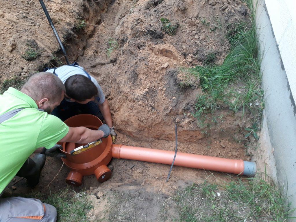 Kanalizācijas izbūve procesā